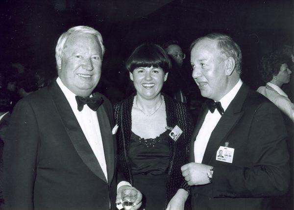 Edward Heath mit Ehepaar Schroff am WEF 1976